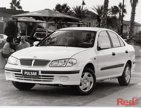 Nissan pulsar q 2001
