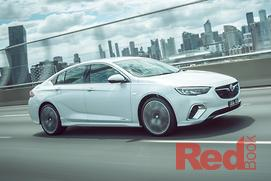 Holden Commodore VXR 2018 Review