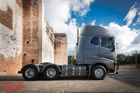 2018 volvo globetrotter.  globetrotter volvo reveals fh xxl concept cab u2013 car reviews news u0026 advice  red book for 2018 volvo globetrotter