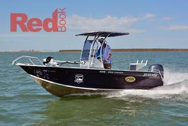 Small boat fishing: Centre or side console?